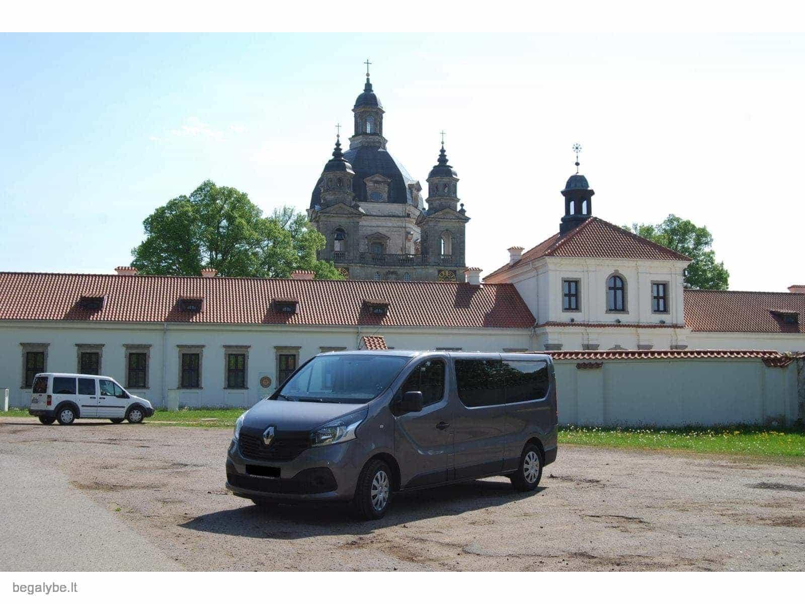 Keleiviu pervezimas - mikroautobuso nuoma su vairuotoju - 2/3