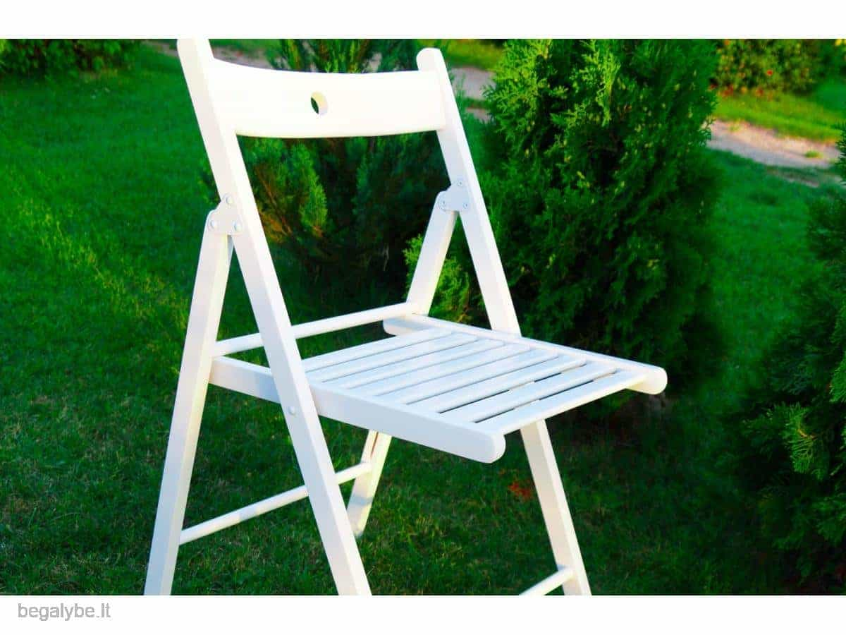 Medinių baltų kėdžių nuoma